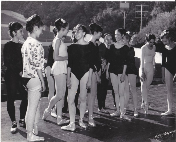 23-Dancers-Audition-at-Greek-p1